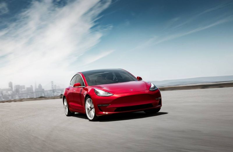 Base Trim of Tesla Model 3 Will Get a Dual Motor AWD Option