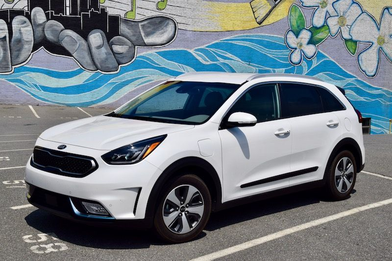 2018 Kia Niro Phev Is The Ideal Mix Of Electric Hybrid