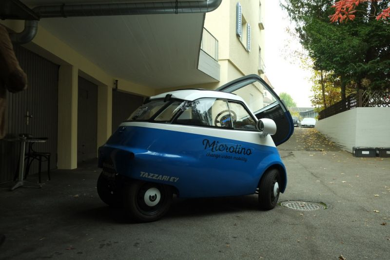 8,000 Reservations Placed for This Tiny Electric Bubble Car