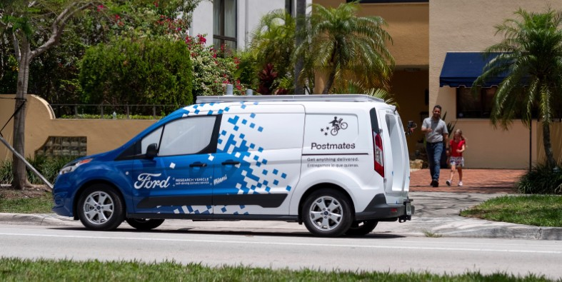 Ford-Self-Driving-Delivery-Postmates-0008.jpg