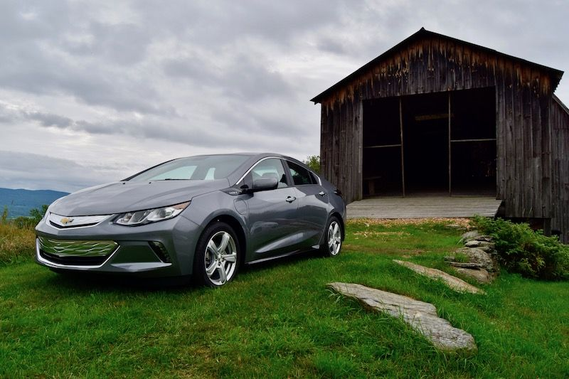 2019 Chevrolet Bolt and Volt Drive: Chevrolet's Still a Leader