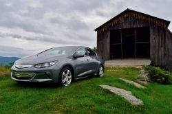 2019 Chevrolet Bolt and Volt Drive: Chevrolet's Still a Leader