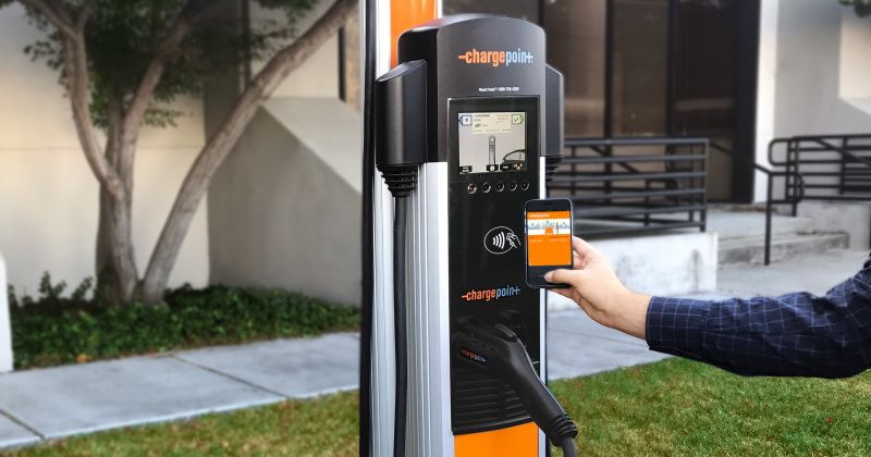 Greenlots & ChargePoint Announce 'Roaming Partnership' For Access to EV Charging