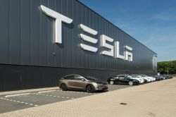 Tesla Registers Financial Leasing Unit for Construction of Shanghai Gigafactory
