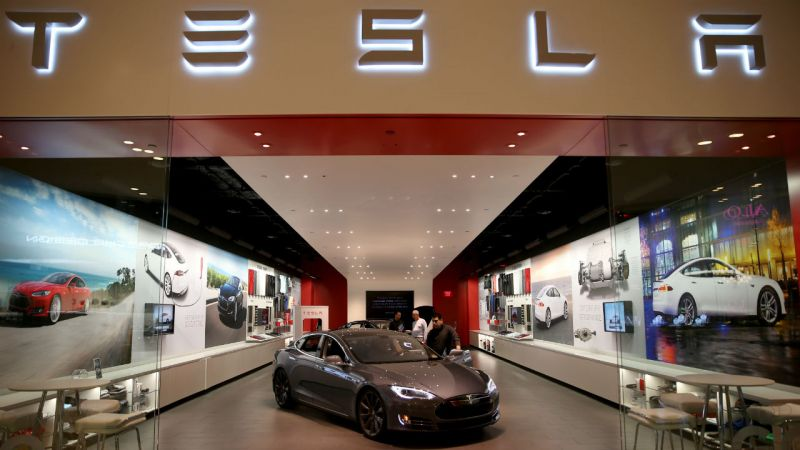 Tesla Facing Sales Slowdown as the $7,500 Federal EV Tax Credit Ends Jan 1