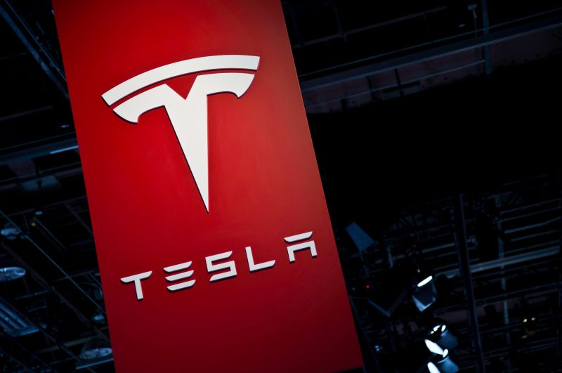 Tesla Announces Price Cuts & Record Output While Stock Slips on Expected Falling Demand