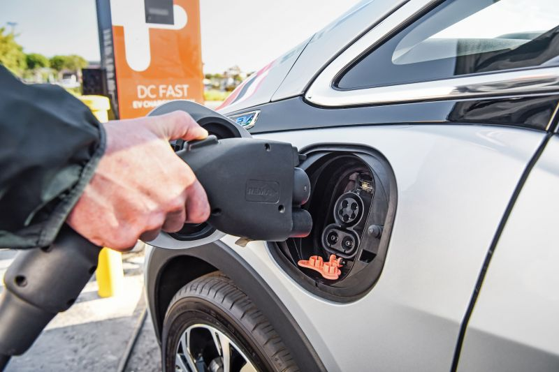 GM Announces a ​New Collaboration That Gives Bolt EV Owners Access to the Largest Charging Network in the U.S.