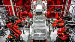 Tesla Reducing Production Hours for the Model S & Model X