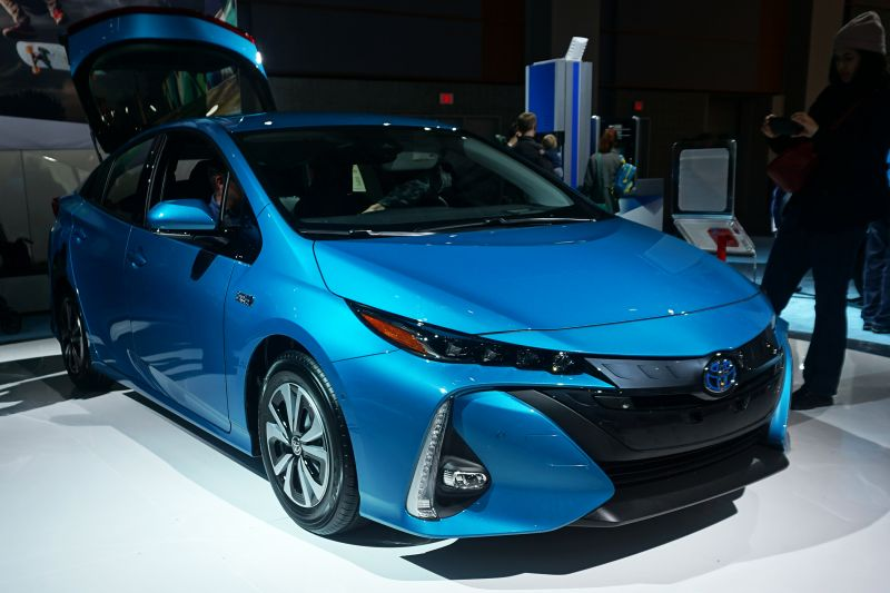 Toyota Prius Owners Jump Ship Head Over To Tesla