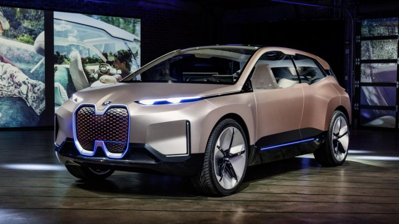 The Daimler & BMW Alliance Seeks to Standardize Technology for Self-Driving Cars