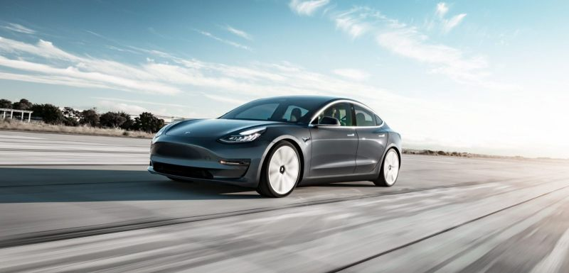 Tesla Announces the $35,000 Standard Model 3 Can No Longer Be Purchased Online
