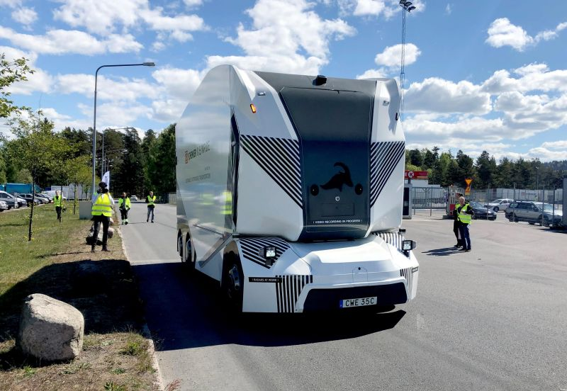 Einride's T-pod L4 Driverless Trucks Hit Public Roads in Sweden