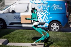 Ford and Agility Robotics Collaborate on Autonomous Vehicle-to-Robot Doorstep Deliveries