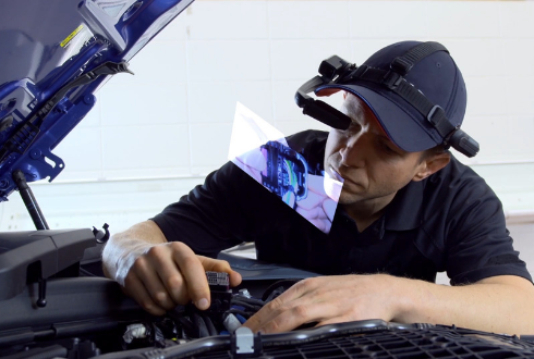 BMW Introduces 'Smart Glasses' to Assist Service Technicians at its U.S. Dealerships