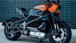 Electrify America to Offer Free Charging to Buyers of Harley Davidson's Electric Livewire Motorcycle