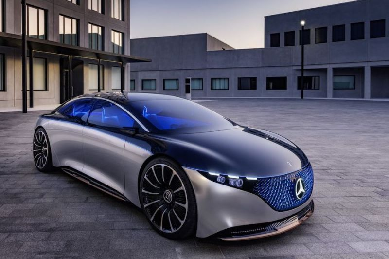 Mercedes-Benz Vision EQS Concept Is a Take on Modern Luxury