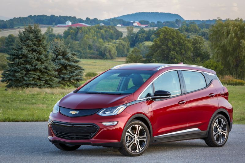General Motors CEO Sets Sights on Selling 1 Million EVs Annually