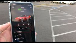 Consumer Reports Calls Telsa's New Smart Summon Feature 'Glitchy'