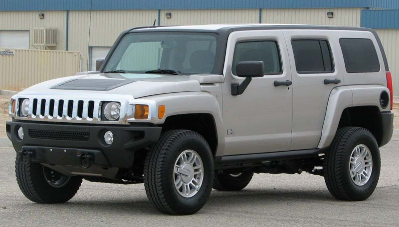 General Motors May Bring Back Hummer as a New Electric Truck Brand