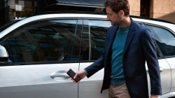 BMW Announces its Next-Gen Digital Key Technology