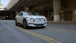Ford Dealerships Across the U.S. Begin Training Technicians to Service the Fully-Electric Mach-E