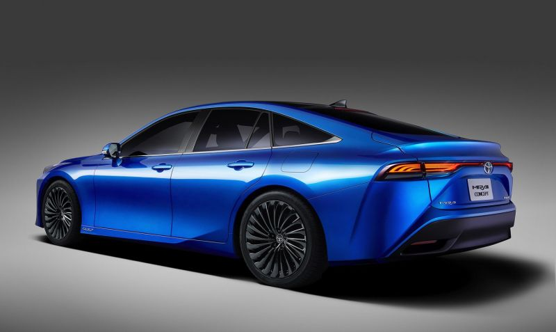 Toyota's New Hydrogen-Powered Mirai Sedan Could Become a Serious Alternative to Electric Cars