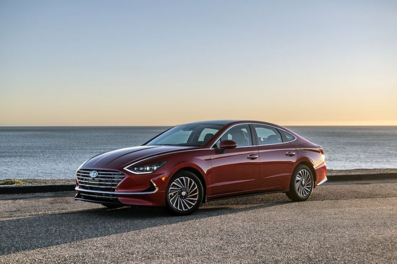 Hyundai Gives Sonata Hybrid New Solar Roof Option for Extra Range
