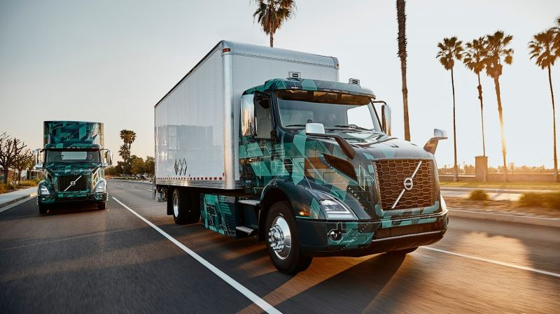 Volvo Trucks' All-Electric VNR Truck Pilot Program is Showcased in California