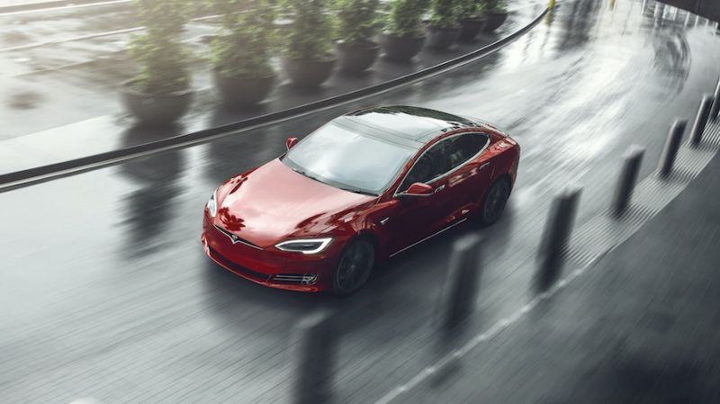 Tesla Model S Gets 17-Mile Bump in Range, Solidifies Spot as Longest-Range EV