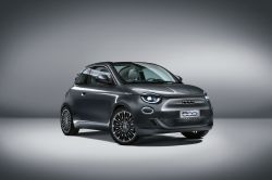 Fiat 500 Returns as Grown-Up, All-Electric City Car