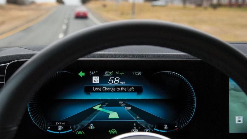 IIHS Claims Advanced Driver-Assist Systems Need to Keep Drivers Focused on the Road More