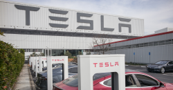 Tesla Planning a New U.S. Battery Factory as Part of its 'Roadrunner' Project