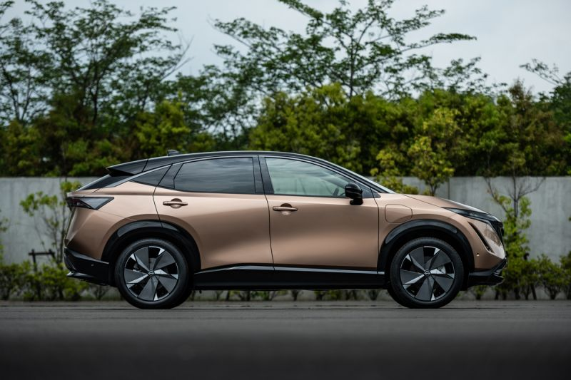 Nissan's New Fully-electric Ariya Crossover May Help the Automaker Get Back on Track