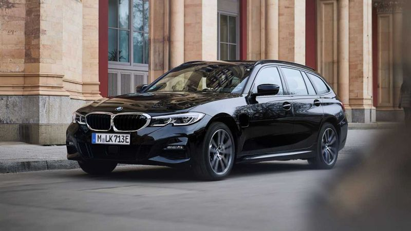 BMW Introduces the 330e Touring PHEV with All-Wheel-Drive Option