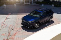 Toyota Believes Electrified Vehicle Sales Could Reach 5.5 Million by 2025