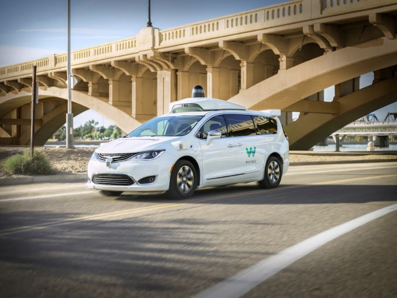 Driverless Waymo One Service Goes Public in Phoenix