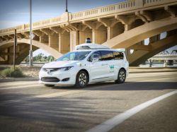 Driverless Waymo One Service Goes Public in Phoenix