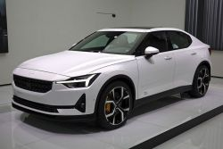 The Electric Polestar 2 Wins Germany's Luxury Car of the Year Award