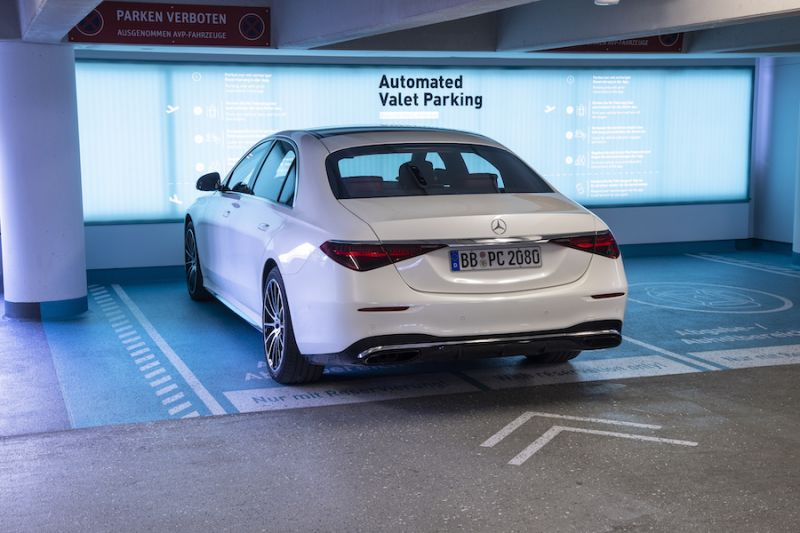 Mercedes Benz, Bosch to Launch Automated Valet Parking System