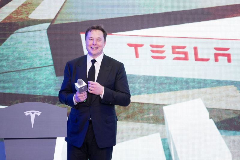Tesla's Market Value Tops $500 Billion as the Company Nears its S&P 500 Debut