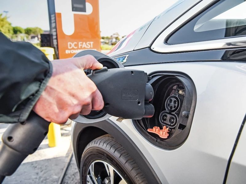 Massachusetts Announces Ban on New Gas-Powered Cars