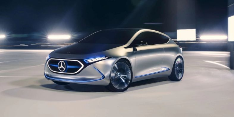 05-mercedes-benz-concept-car-eqa-3400x1440 Cropped.jpg