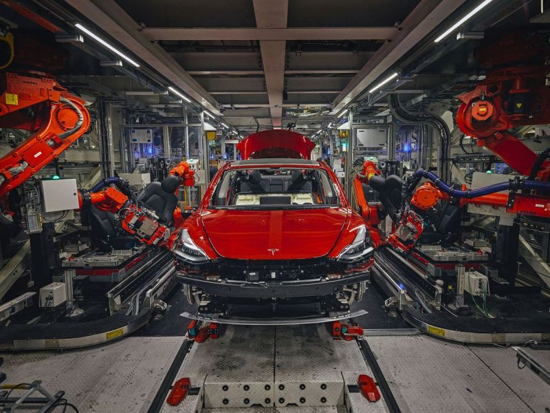 Elon Musk Says Tesla's California Factory Was Forced to Close for Two Days Due to Parts Shortages