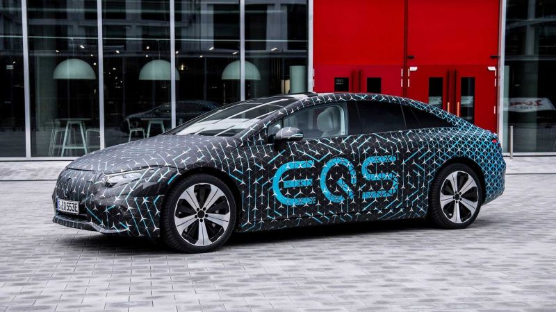 The Battery Technology in the Mercedes EQS Sedan Will Rival Tesla's Flagship Model S