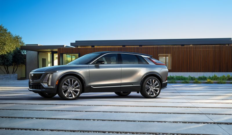 General Motors Unveils the Production Version of the Electric Cadillac LYRIQ SUV at Auto Shanghai