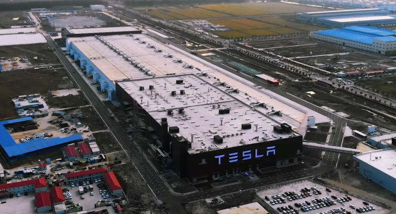 Tesla Plans to Add EV Components Recycling Facilities at its Shanghai Factory