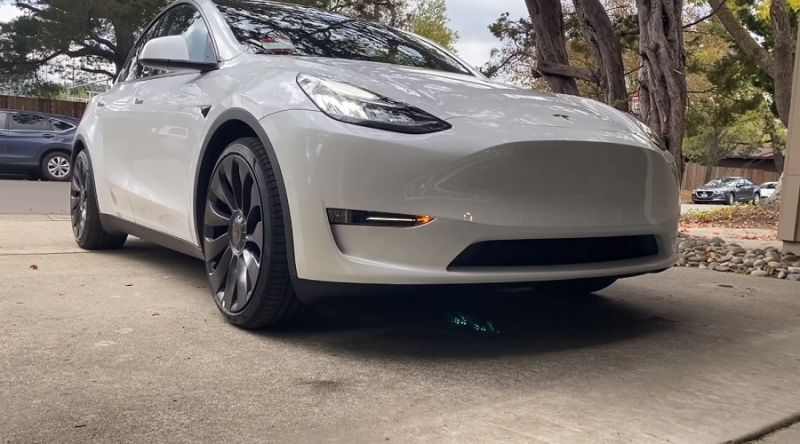 Tesla to Recall Roughly 6,000 U.S.-Built Vehicles to Inspect Brake Caliper Bolts