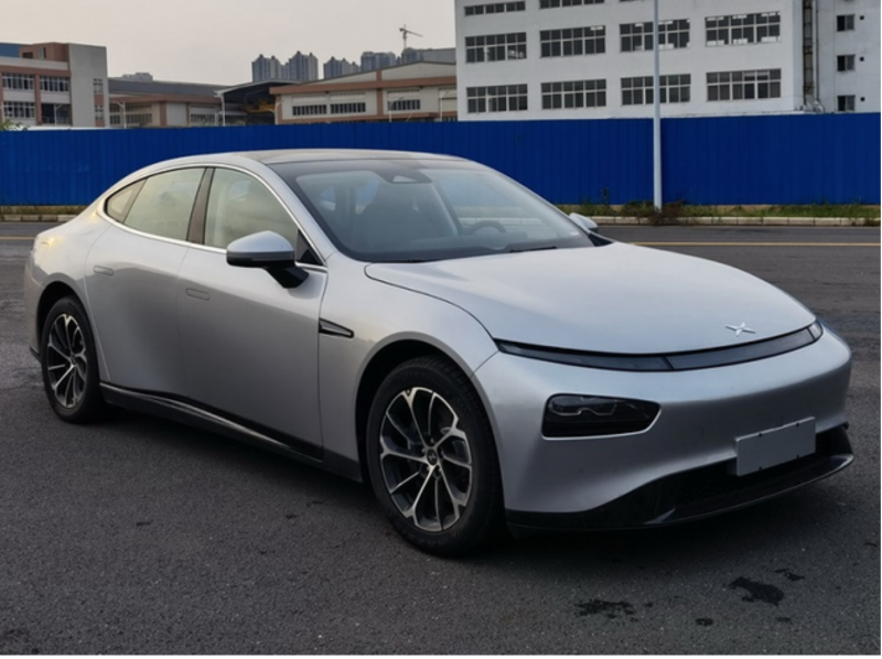 The Refreshed P7 Smart Sedan From Tesla Challenger XPeng Revealed in New Patent Images