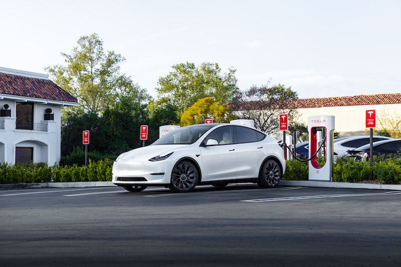 J.D. Power Public Electric Charging Study Finds Tesla Comes Out on Top