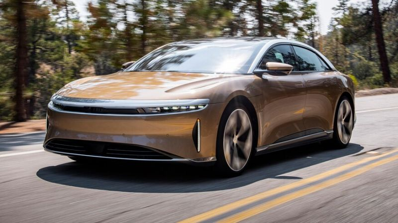 Here's Why Tesla Should Be Worried About the New Lucid Air Dream Editions